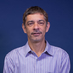 Dr. Mario Mota