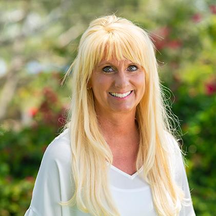 Dr. Lori Piowlski