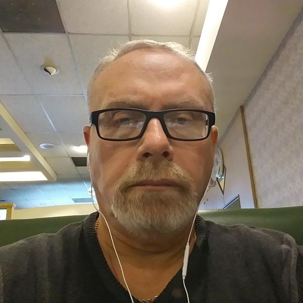 Dr. Igor Subbotin