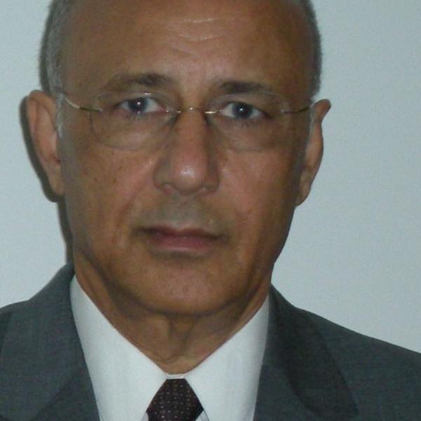 Dr. Ismail Sebetan
